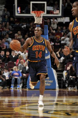 Hudson leads Cavaliers past Bobcats 103-90