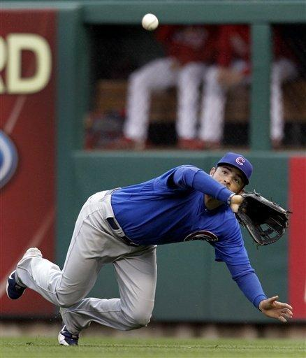 Cubs tag Wainwright, spoil Cardinals' home opener