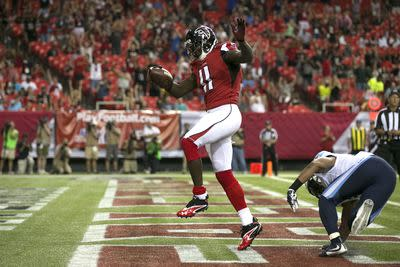 Julio Jones signs 5-year, $71.25 million extension with Falcons