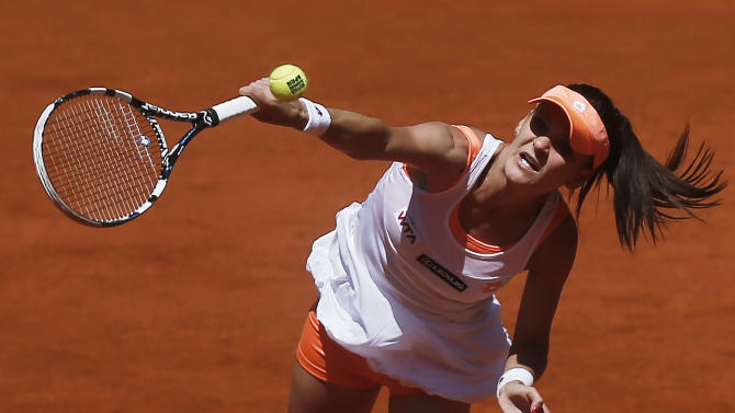 Li, Radwanska reach 2nd round at Madrid Open