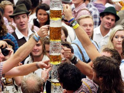 Raw Video: Octoberfest begins in Munich