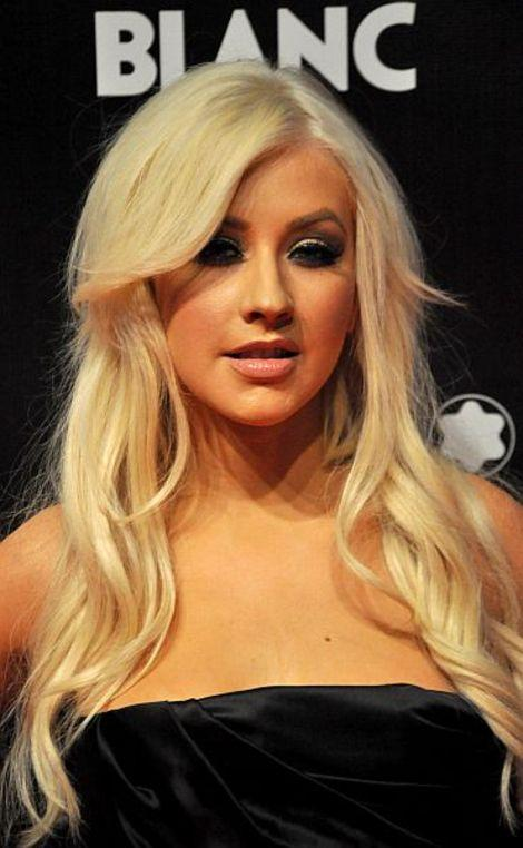 Christina Aguilera rocked the Grammys with a retro-Hollywood look.