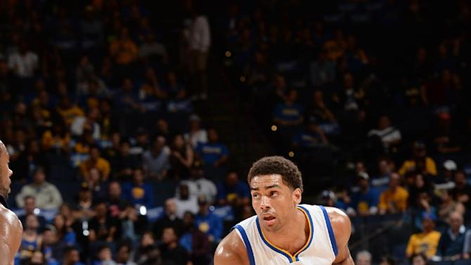 Barnes offsets Curry's off night, Warriors top Pelicans