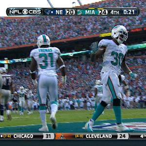 Miami Dolphins safety Michael Thomas breaks up TD pass