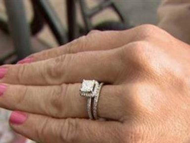 Homeless Man Returns Engagement Ring Dropped in His Cup