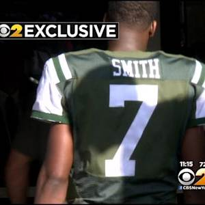CBS 2 Exclusive: Jets' Geno Smith Lashes Out At Fan After Loss To Lions
