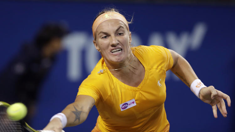 Svetlana Kuznetsova advances at Kremlin Cup
