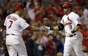 Lynn helps Cardinals beat Diamondbacks