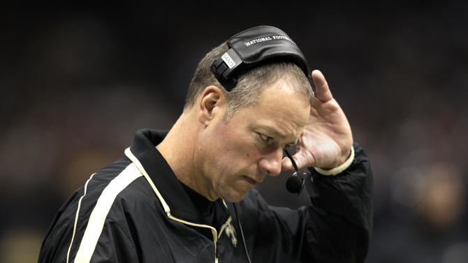 New Orleans Saints interim head coach Aaron Kromer reacts on the sidelines in the first half of an NFL football game against the Washington Redskins at Mercedes-Benz Superdome in New Orleans, Sunday, Sept. 9, 2012. (AP Photo/Matthew Hinton)