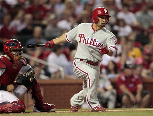 Phillies send Victorino to Dodgers