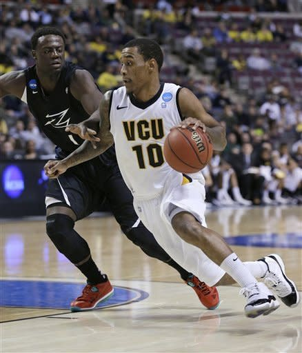 No. 5 seed VCU races past Akron in 88-42 rout