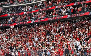 Fans welcome back NHL hockey with open arms
