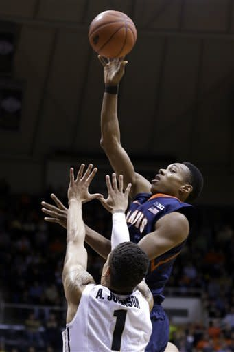 Purdue's late charge beats No. 11 Illinois 68-61
