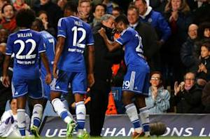 Chelsea 3-0 Schalke: Eto'o double helps Blues edge closer to last 16