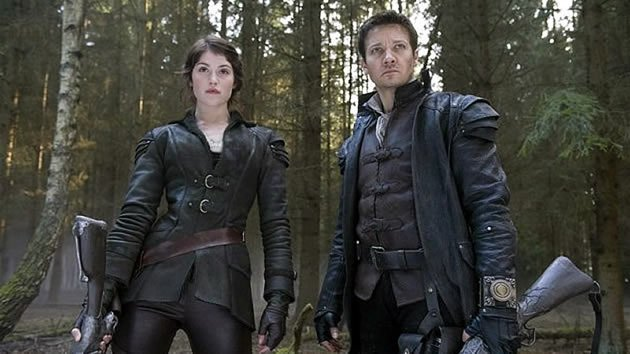 "Jeremy Renner and Gemma Arterton star in ""Hansel and Gretel: Witch Hunters"", out in cinemas here on 24 January. (Yahoo! movie still)"