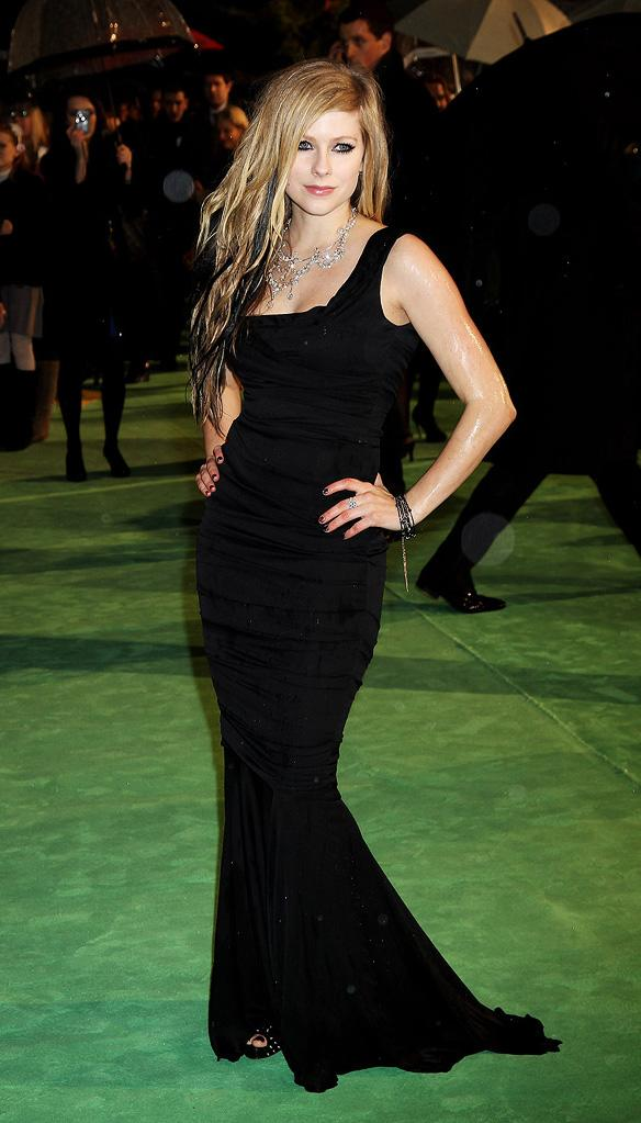 Alice in Wonderland UK Premiere 2010 Avril Lavigne