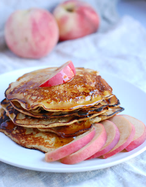 Gluten-free Quinoa Pancakes with Cinnamon and Peach