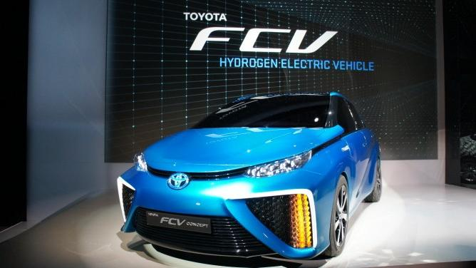 Toyota Debuts Hydrogen-Powered Vehicle, Coming to Market in 2015