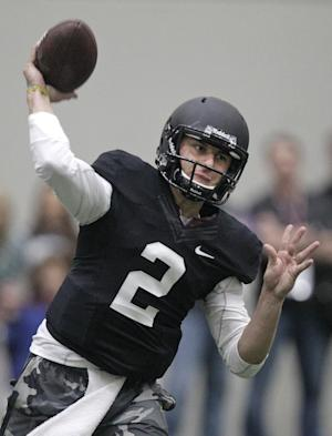 Manziel wows elder Bush, others at pro day