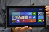 Microsoft launches tablet to bite into Apple