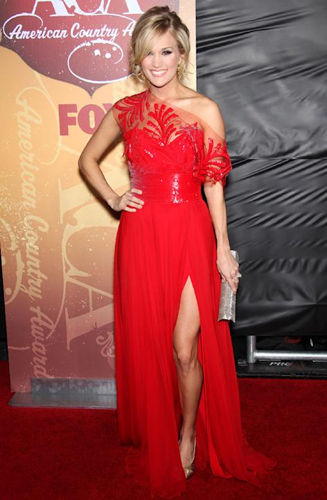 Carrie Underwood let her leg out for some fresh air at the American ...