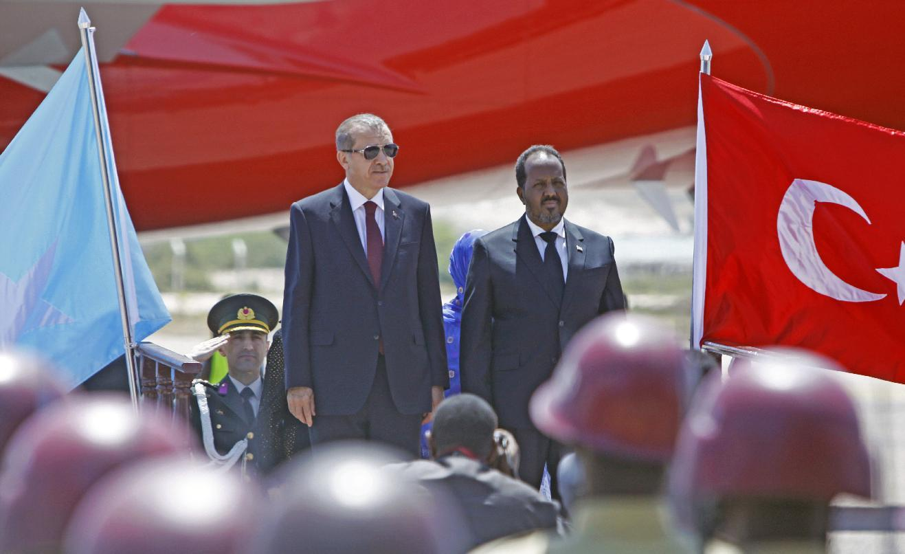 Turkish president in Somalia to launch development projects