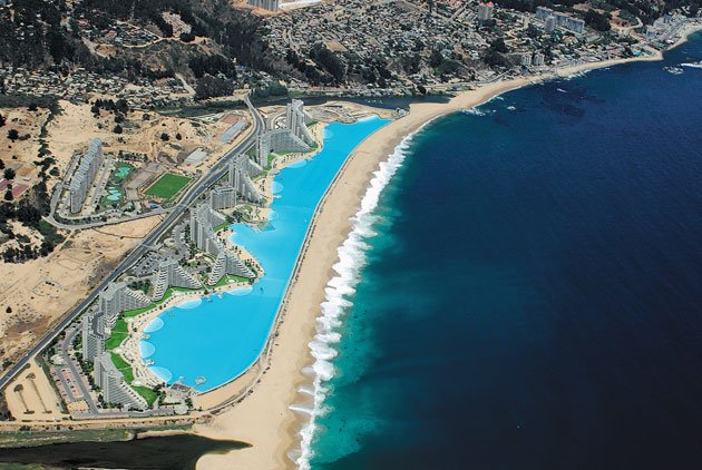 World's largest outdoor pool!