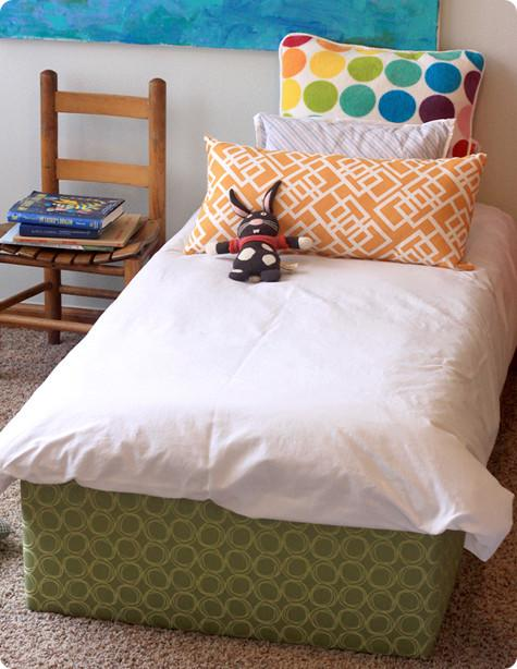 Easy Upholstered Bed