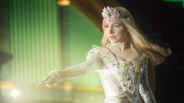 "Glinda in ""Oz the Great and Powerful"""