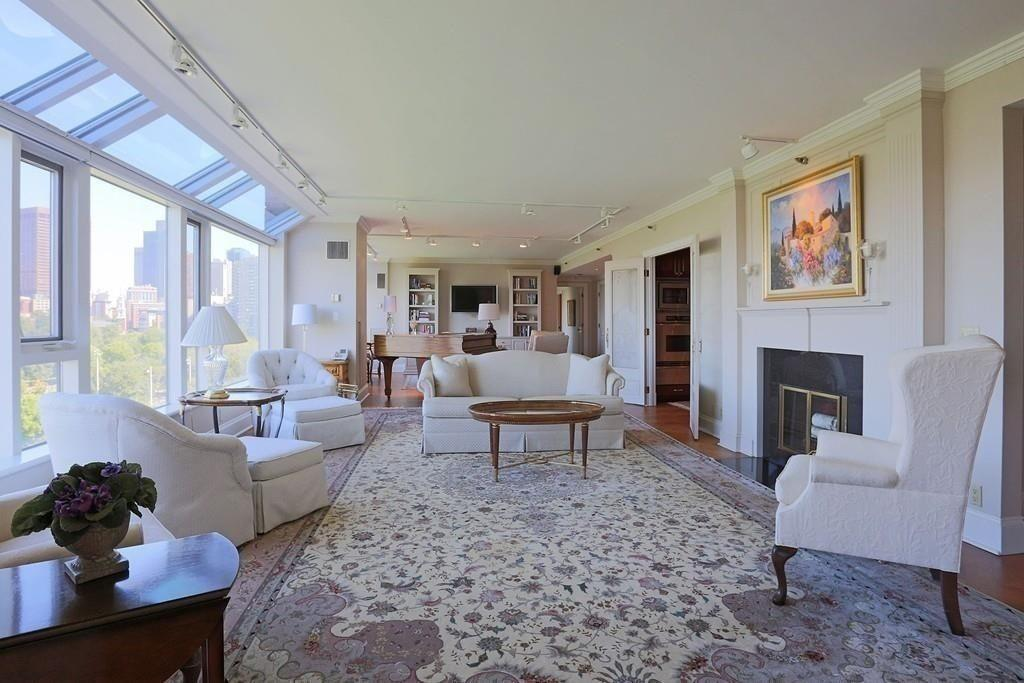 Four Seasons Boston Spread Holding at $3K-Plus a Square Foot