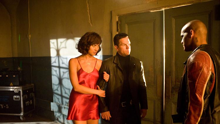 Olga Kurylenko Amaury Nolasco Mark Wahlberg Max Payne Production Stills 20th Century Fox 2008