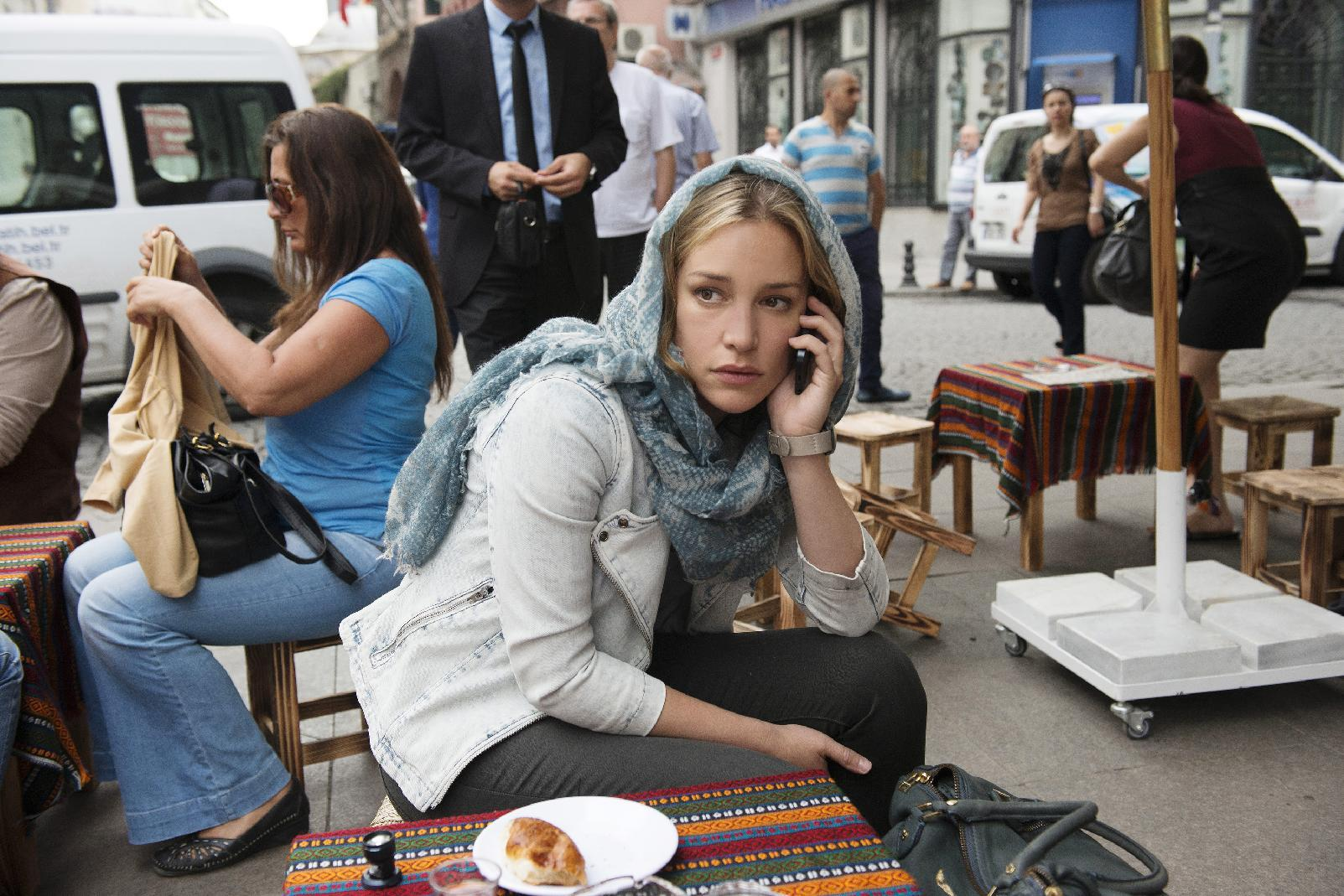 Piper Perabo is a world traveler thanks to 'Covert Affairs'