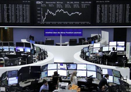Bond yields sink as central banks head for easier policy