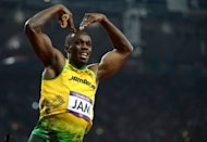 El velocistra jamaiquino Usain Bolt luego de ganar el relevo 4X100, el 11 de agosto de 2012 en Londres. (AFP | olivier morin)