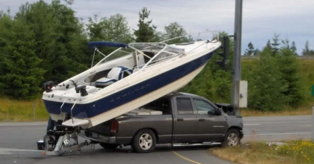 17 Insane Towing Moments No One Ever Expected