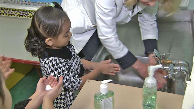 Teaching kids good hygiene habits during cold and flu season