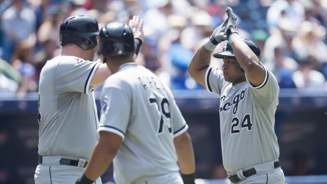 Viciedo homers, White Sox beat Blue Jays 4-3