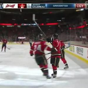 Johnny Gaudreau Goal on Viktor Fasth (08:48/1st)