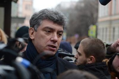 Russian opposition leader and Putin critic Boris Nemtsov shot dead in Moscow