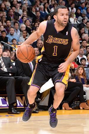 Lakers G Farmar out a month with hamstring tear