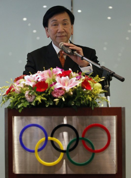 Wu Ching-kuo, an executive board member of the International Olympic Committee, addresses a news conference in Taipei