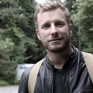 EXCLUSIVE: Watch Dierks Bentley Fly on the 'Say You Do' Set
