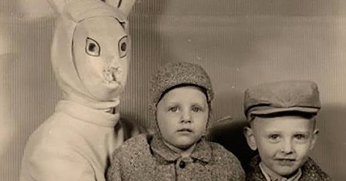 Top 15 Sketchiest Looking Easter Bunny Photos Ever