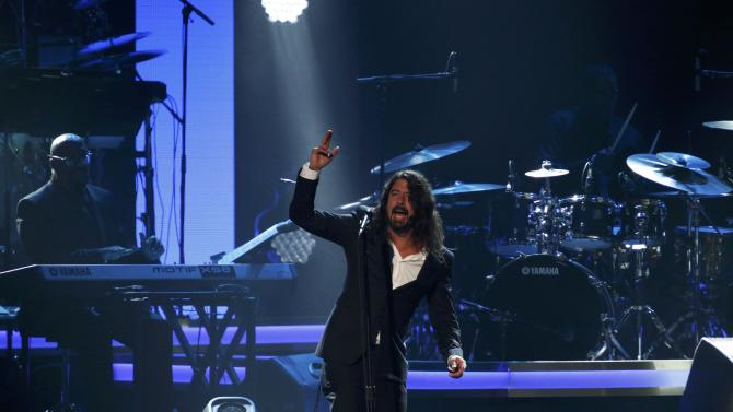 """Musician Dave Grohl performs """"You Are"""" at the 2016 MusiCares Person of the Year gala in Los Angeles"""