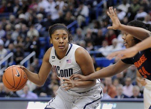 Dolson leads No. 3 UConn women over Syracuse 87-62