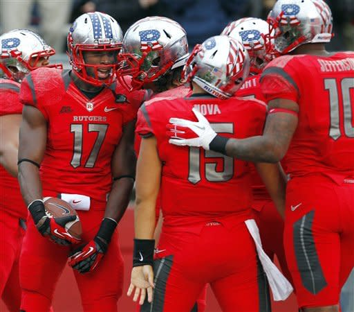 Late TDs gives No. 24 Rutgers win over Army
