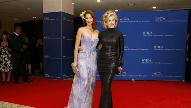 Actresses Judd and Fonda arrive for the annual White House Correspondents' Association dinner in Washington