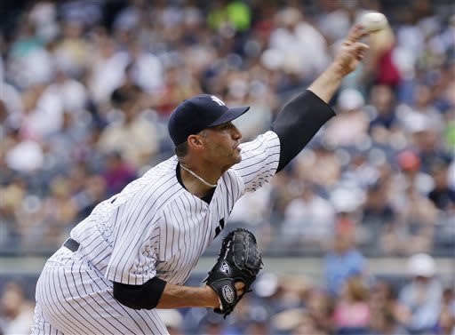 Pettitte, Yankees top Orioles for 6th straight win