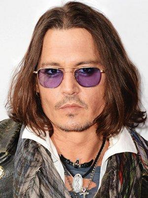 Alcon Entertainment Partners With China's DMG for Johnny Depp's 'Transcendence'