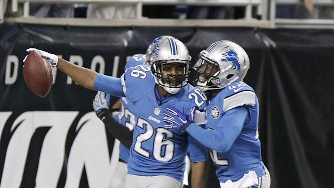 Lions stuff Packers 19-7
